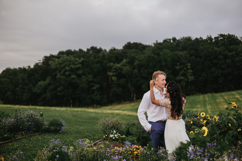 sunny-slope-farm-hipster-indie-maryland-wedding-photographer-130