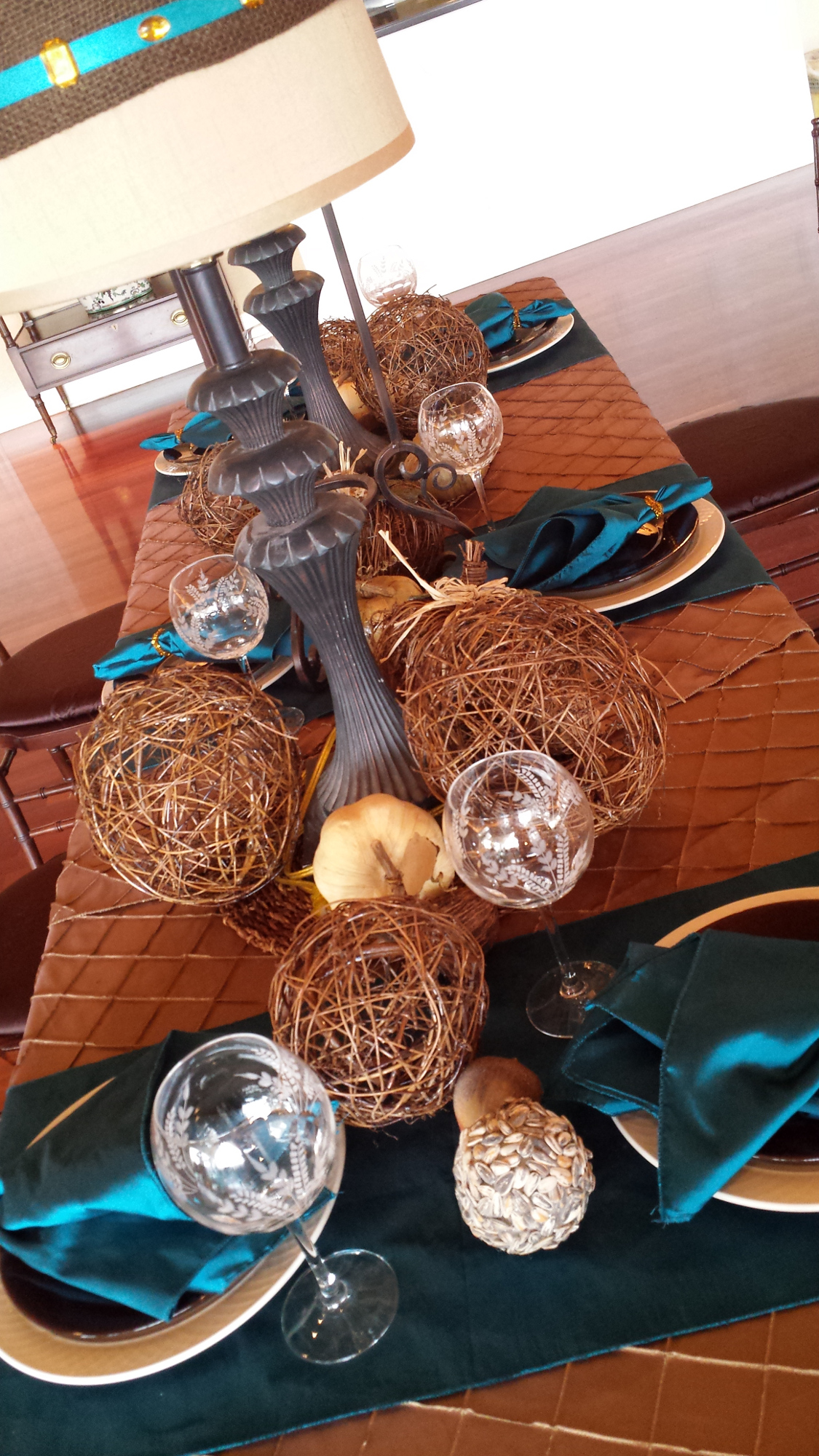 fall-modern-wedding-table-copper-teal-designed-by-kristi-richardson-bloomedtolast-closeup1