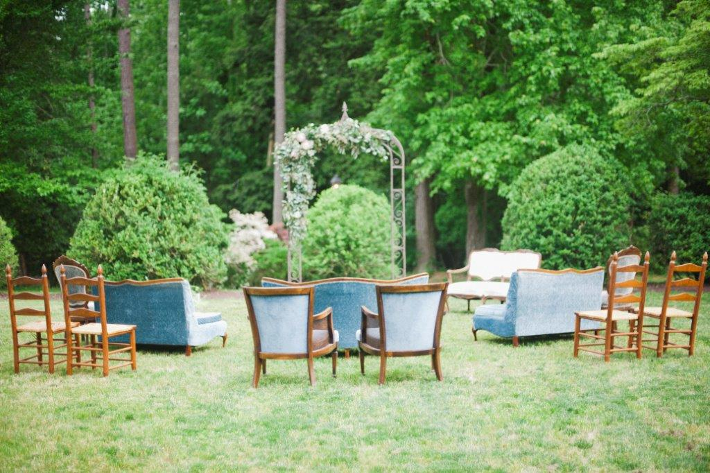 Two Grooms Shoot at Cary Hill by Kimie James of IYQ Photography for Va Bride (9)